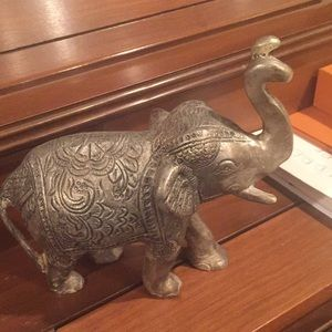 Other - Silver elephant